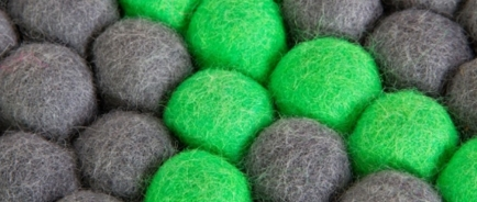 DOT - ELECTRIC GREEN RUG galerie 0