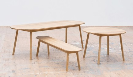 TRIANGLE LEG TABLE/BENCH galerie 4