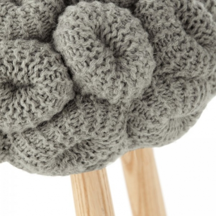 KNITTED STOOL galerie 3