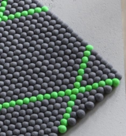 DOT - ELECTRIC GREEN RUG galerie 1