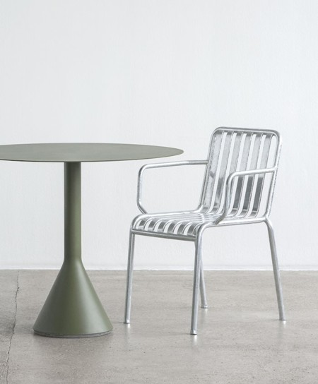 PALISSADE ARMCHAIR HOT GALVANISED